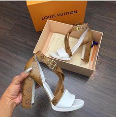 28 Best Shoes images   Shoes, Me too shoes, Cute shoes