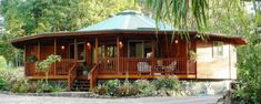 Multi-Facetted Homes - Panelized Natural Redwood & Cedar Home Shells (Kits). This Hawaii-based company sells panelized home kits of termite-resistant wood. Yurt Living, Tiny House Living, Hexagon House, Cabana, Yurt Home, Silo House, Cedar Homes, Round House, Arquitetura