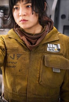 Star wars the last Jedi! It came out today. Want to see it so bad. Star Wars Characters, Star Wars Episodes, Star Wars Sequel Trilogy, Star Wars Girls, Star Wars Costumes, The Empire Strikes Back, Rebel Scum, Star Wars Art, Star Trek