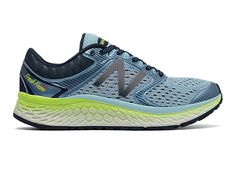 In addition to unbeatably comfortable Fresh Foam cushioning, the New Balance Fresh Foam 1080v7 running shoe has a roomy toe box to let your feet move naturally and molded foam collar to help support your ankle for comfort that lasts mile after mile.