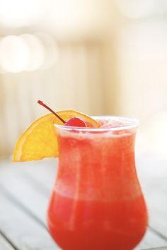 Top 10 des recettes de jus de fruits Frappe, Hurricane Glass, Milkshake, Food Truck, Watermelon, Cocktails, Drinks, Favorite Recipes, Snacks