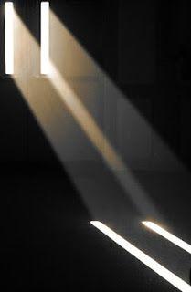 Esthétique / Bande et rayon de lumière naturelle 5