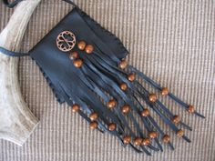 Your place to buy and sell all things handmade - diy inspo: medicine pouch necklace - Diy Necklace, Leather Necklace, Leather Jewelry, Leather Craft, Beaded Purses, Beaded Bags, Leather Accessories, Women Accessories, Collar Hippie