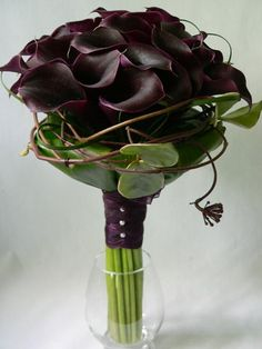 For the DIY bride here's a piece which can serve as either a black calla bouquet or black calla centerpiece.