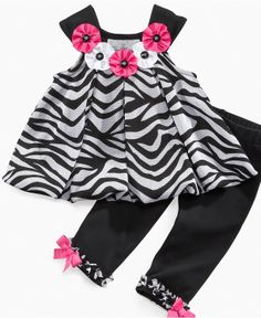 little girls fashion Baby Girl Party Dresses, Little Girl Outfits, Little Girl Dresses, Toddler Outfits, Kids Outfits, Baby Girl Dress Design, Baby Girl Dress Patterns, Baby Girl Fashion, Kids Fashion