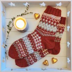 Knitting Socks, Knitted Hats, Mittens, Christmas Stockings, Sewing, Holiday Decor, Crochet, Sweet, Blog