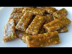 Bugün çayın kahvenin yanına fazlasıyla yakışan kuruyemişli krokanlar yapıyoruz. Çok kısa sürede hazırlayabileceğiniz krokanların lezzetine de doyum olmuyor. Tüm misafirleriniz nasıl yaptığınızı soracak emin olabilirsiniz. Turkish Recipes, Ethnic Recipes, Tasty, Yummy Food, English Food, Homemade Beauty Products, Cooking Recipes, Breakfast, Sweet