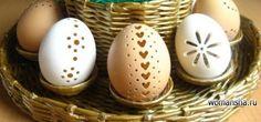 Пасхальная подставка для яиц и пасхи из газетных трубочек