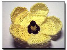 Gombo modello fiori all'uncinetto