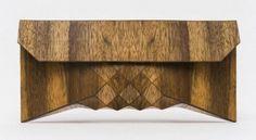 Wooden-Clutch-FEELDESAIN-OPEN