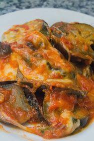 El Baúl de las delicias: Berenjenas al a napolitana Yummy Veggie, Veggie Recipes, Healthy Recipes, Kitchen Recipes, Cooking Recipes, Eggplant Recipes, Tasty Dishes, Food And Drink, Healthy Eating