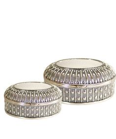 I love pretty little boxes to stash earrings in and these are perfect....
