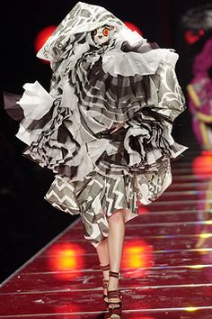 john galliano 2003 s/s haute couture colletion