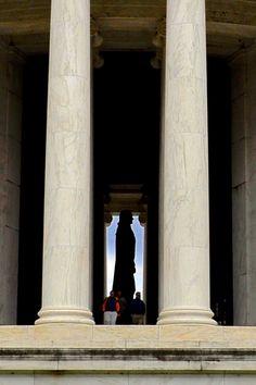 Thomas Jefferson Memorial Side View 2 - Johnson-Miles photo