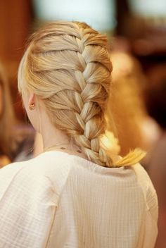 French Braid, Makati, New Trends, Hair And Nails, Braided Hairstyles, Hair Inspiration, Beauty Hacks, Braids, Make Up