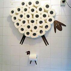Een Set van grappige muur stickers: schapen- en lamsvlees - een muur plank voor het opslaan van rollen wc-papier en wc-rol houder
