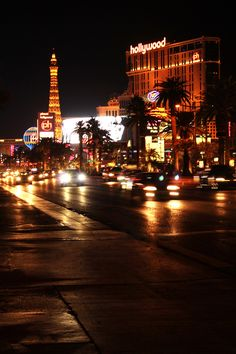 I really love this photo Las Vegas Blvd, Tower, Travel, Viajes, Lathe, Towers, Destinations, Traveling, Trips