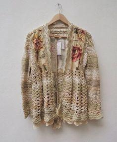 Crochet and fabric Crochet Jumper, Crochet Coat, Love Crochet, Irish Crochet, Crochet Clothes, Crochet Vintage, Crochet Blocks, Cardigan Fashion, Knit Patterns