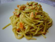 Spaghetti con salmone e crema di zucchine