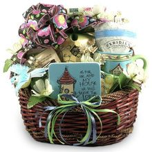 14 pc Christian Housewarming Gift with Florida Key Lime Flair  $$$  www.thecarebasket.com/christian_gifts_keylime
