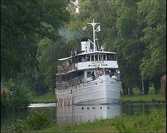 Travelled the Göta Kanal by boat. Check