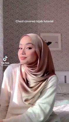 Simple Hijab Tutorial, Hijab Style Tutorial, Stylish Hijab, Casual Hijab Outfit, Pashmina Hijab Tutorial, How To Wear Hijab, Hijab Dp, Mode Turban, Hijab Trends