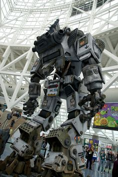 Titanfall Mech at E3. Can't wait to get my hands on this game.