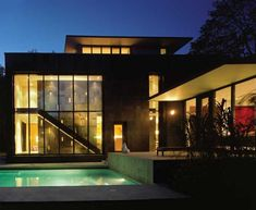 design by Canadian architect Paul Raff, this modern eco friendly home in Toronto