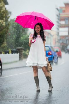 Rainy summer days : pack die Gummistiefel aus