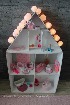 Dollhouse ... pink ... DIY ...