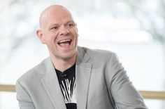 Chef Tom Kerridge, who recently lost a staggering 11 stone, will host a new show on about losing weight called Tom Kerridge: Lose Weight For Good.