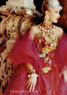 Couture Allure Vintage Fashion: Weekend Eye Candy - Christian LaCroix, 1990