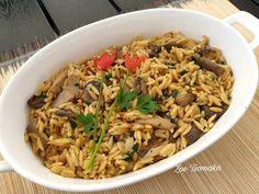 Νόστιμο Κριθαρότο με Μανιτάρια Fried Rice, Fries, Ethnic Recipes, Food, Hoods, Meals, Nasi Goreng, Stir Fry Rice, Baked Rice
