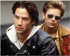 my private idaho > gus van sant > River Phoenix, Keanu Reeves, James Russo, William Richert. Two best friends living on the streets of Portland as hustlers . My Own Private Idaho, 90s Movies, Movie Stars, Movie Tv, Keanu Reeves River Phoenix, Keanu Rives, Shakespeare Movies, Bon Film, Hollywood