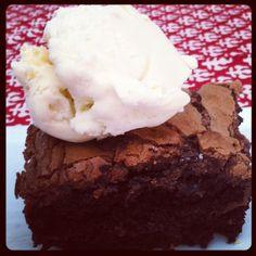 Creamy Nutella Chocolate Cake Recipe + Giveaway