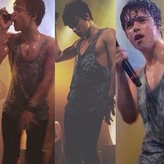 Why does he looks so perfect in wet look or even in his sleep!? He's such a perfect guy!!