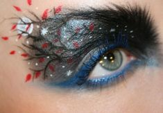 This Makeup Artist Paints Incredibly Intricate Scenes On Her Eyelids