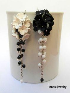 Black white Flower earrings, Dangle earrings, polymer Clay earrings, fimo earrings, masa flexible, cold porcelain, masa francesa, porcelana fria, porcellana freda, black and white