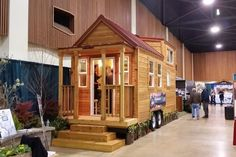 Check out the Tiny Houses and see what it would be like to live in less than 400 square feet! Two companies will be featuring their Tiny Houses at this summer's Fresno home show. Tiny Houses are defined by living space that is under 400 square feet. Fresno Home Remodeling & Decorating Show, July 15-17 at the Fresno Fairgrounds.