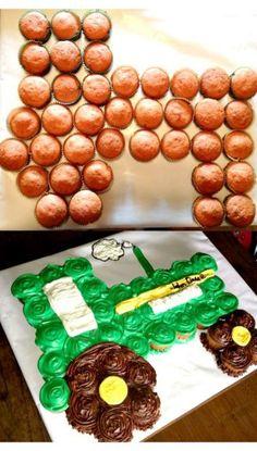 30+ trendy cupcakes cakes for boys pull apart #cupcakes Pull Apart Cupcake Cake, Pull Apart Cake, Baby Cakes, Tractor Cupcake Cake, Tractor Birthday Cakes, Farmer Birthday Cake, Barnyard Cupcakes, Truck Cupcakes, Farm Animal Cupcakes