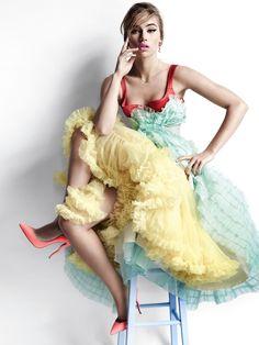 Publication: Vogue UK April 2015 Model: Georgia May Jagger, Cara Delevingne, Suki Waterhouse Photographer: Mario Testino Fashion Editor: Lucinda Chambers