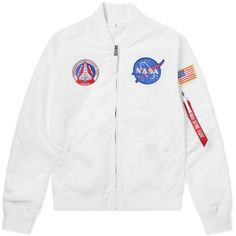 Alpha Industries MA-1 TT NASA Reversible II Jacket (12.550 RUB) ❤ liked on Polyvore featuring outerwear, jackets, white jacket, star jacket, double face jacket and reversible jackets