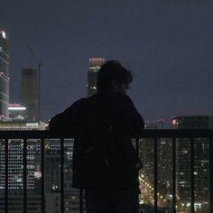 g e o r g i a n a black aesthetic ulzzang city balcony grunge dark shadows night korean kawaii cute Night Aesthetic, City Aesthetic, Aesthetic Dark, Aesthetic Bedroom, Aesthetic Grunge, College Aesthetic, Aesthetic Outfit, Japanese Aesthetic, Book Aesthetic