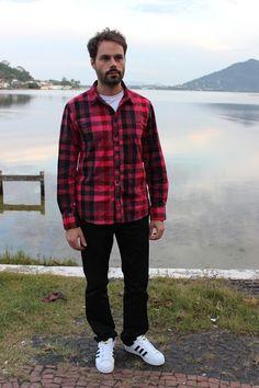 Evandro Pezzi - Camisa Xadrez e Tênis branco