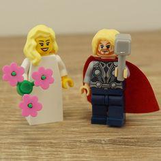 Thor Lego, Lego bride and groom, Lego cake toppers, Lego wedding cake topper, Lego Wedding, Wedding Lego, Lego minifigures, Lego