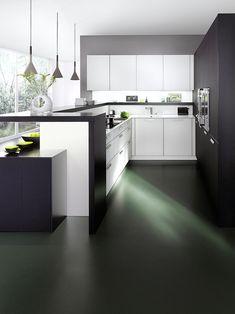 Exquisite counter design combines breakfast zone with worktop beautifully