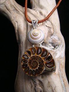 I love shell jewelry