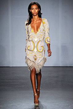 I think I've died and gone to heaven Looking at this Gorgeous 1920's inspired dress by Matthew Williamson, Ladies this is what I call  A 1 class. Love it so much.