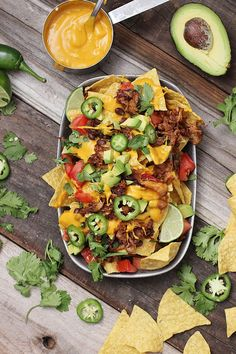 The Best Damn Vegan Nachos Vegan Nachos for All Loaded Vegan Nachos Loaded Vegan Nacho Plate Vegan Nachos with Nut-Free Nacho Cheese Loaded Nachos with Cashew Cheese & Maple-Chili Tempeh Loaded Vegan. Vegan Vegetarian, Vegetarian Recipes, Cooking Recipes, Healthy Recipes, Jackfruit Pulled Pork, Guacamole, Eating Clean, Bon Appetit, Kitchens