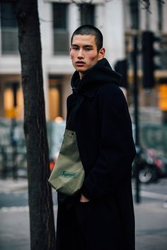 london fashion week mens, winter 2017, fall 2018, street style, look masculino, blogger, blog de moda masculina, alex cursino, youtuber, canal de moda, dicas de moda (50)